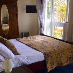 The Weir Hotel комната для гостей