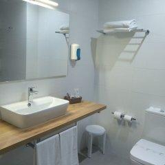 Hotel Marques de Santillana ванная