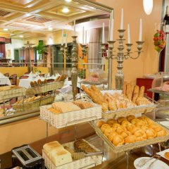 Отель Vienna Sporthotel питание