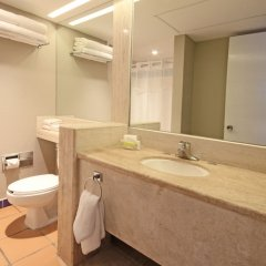 Отель Holiday Inn Resort Los Cabos Все включено ванная фото 2