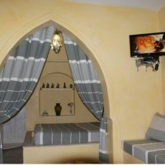 Отель Dar Hamza Тунис, Мидун - отзывы, цены и фото номеров - забронировать отель Dar Hamza онлайн интерьер отеля