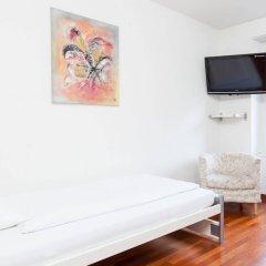 Отель Swiss Star Anwand Lodges комната для гостей