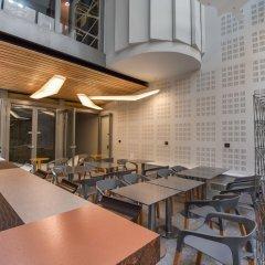 Отель B55 Франция, Париж - отзывы, цены и фото номеров - забронировать отель B55 онлайн гостиничный бар
