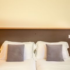 Апартаменты Feel Porto Codeçal Apartments сейф в номере