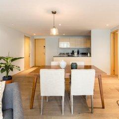 Отель Executive 1BR Oasis With Kitchen & Private Balcony Мехико комната для гостей