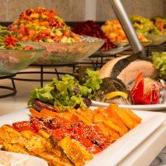 Ein Kerem Hotel Израиль, Иерусалим - отзывы, цены и фото номеров - забронировать отель Ein Kerem Hotel онлайн питание фото 3