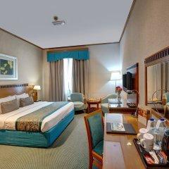 Отель Golden Tulip Al Barsha комната для гостей фото 2