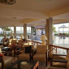 Coral Sands Hotel Хиккадува гостиничный бар