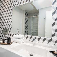 Отель Urban Nest - Suites & Apartments Греция, Афины - отзывы, цены и фото номеров - забронировать отель Urban Nest - Suites & Apartments онлайн ванная