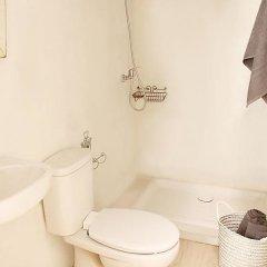Отель Casa Blanca Барселона ванная фото 2