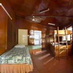 Отель Beachcomber Island Resort Фиджи, Остров Баунти - отзывы, цены и фото номеров - забронировать отель Beachcomber Island Resort онлайн интерьер отеля фото 3