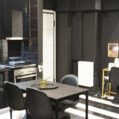 Апартаменты Exclusive Design Studio with Yard Афины питание