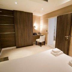 Отель TheWesley 4* Улучшенный номер с различными типами кроватей фото 12