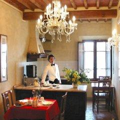 Отель B&B Palazzo Al Torrione Италия, Сан-Джиминьяно - отзывы, цены и фото номеров - забронировать отель B&B Palazzo Al Torrione онлайн питание