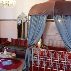 Отель Riad Lalla Zoubida Марокко, Фес - отзывы, цены и фото номеров - забронировать отель Riad Lalla Zoubida онлайн интерьер отеля фото 3