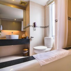 Mondial Hotel Hue ванная