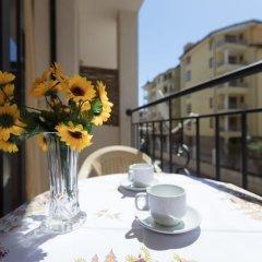 Апартаменты Cosy Studio with Kitchen & Balcony балкон