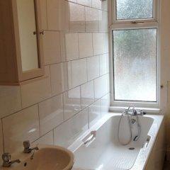 Отель Lathom Cottage Лондон ванная фото 2