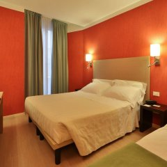 Отель Best Western Porto Antico Генуя комната для гостей фото 3