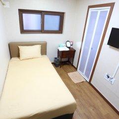 Отель Myeongdong K Stay 2 комната для гостей фото 3