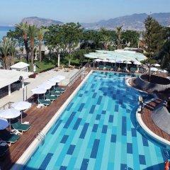 LABRANDA Alantur Resort Турция, Аланья - 11 отзывов об отеле, цены и фото номеров - забронировать отель LABRANDA Alantur Resort онлайн бассейн фото 3