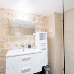 Отель Apart Inn Paris - Quincampoix Франция, Париж - отзывы, цены и фото номеров - забронировать отель Apart Inn Paris - Quincampoix онлайн ванная фото 2