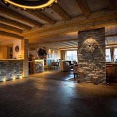 Hotel Spitzhorn гостиничный бар