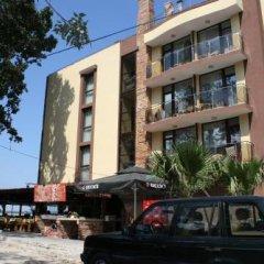 Family Hotel Teos парковка