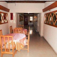 Deke Hotel and Suites Лагос балкон