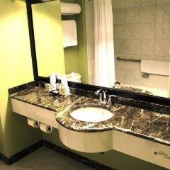 Отель Millennium Times Square New York США, Нью-Йорк - отзывы, цены и фото номеров - забронировать отель Millennium Times Square New York онлайн ванная фото 2