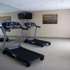 Отель Holiday Inn Express Newington фитнесс-зал