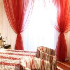 Hotel Sanpi Milano сейф в номере
