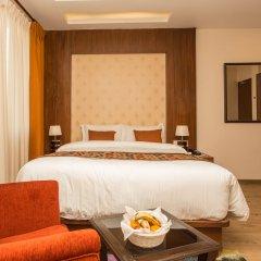 Отель Yatri Suites and Spa, Kathmandu Непал, Катманду - отзывы, цены и фото номеров - забронировать отель Yatri Suites and Spa, Kathmandu онлайн комната для гостей фото 5