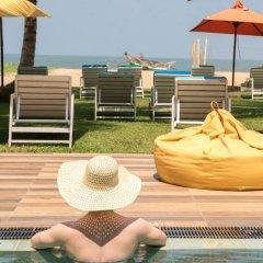 Hotel J бассейн