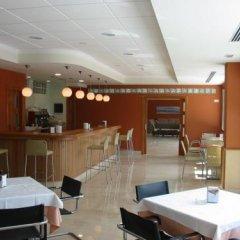 Hotel San Millan гостиничный бар