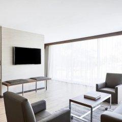 Отель AC Hotel by Marriott Phoenix Biltmore США, Финикс - отзывы, цены и фото номеров - забронировать отель AC Hotel by Marriott Phoenix Biltmore онлайн комната для гостей фото 2