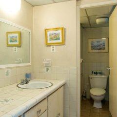 Отель Sky Box Beach Suite at Montego Bay Club Ямайка, Монтего-Бей - отзывы, цены и фото номеров - забронировать отель Sky Box Beach Suite at Montego Bay Club онлайн ванная