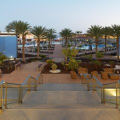 Отель Iberostar Playa Gaviotas Park - All Inclusive Испания, Джандия-Бич - отзывы, цены и фото номеров - забронировать отель Iberostar Playa Gaviotas Park - All Inclusive онлайн бассейн