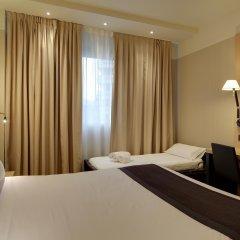 Отель Occidental Bilbao сейф в номере