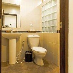 Отель Phuket Airport Guesthouse Таиланд, пляж Май Кхао - отзывы, цены и фото номеров - забронировать отель Phuket Airport Guesthouse онлайн ванная фото 2