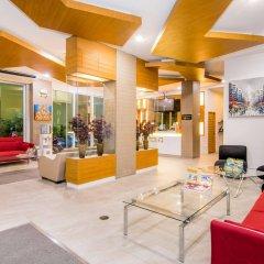 Отель Hallo Patong Dormtel And Restaurant Патонг интерьер отеля фото 2