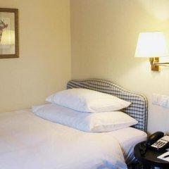 Отель Small Luxury Hotel Ambassador Zürich Швейцария, Цюрих - 9 отзывов об отеле, цены и фото номеров - забронировать отель Small Luxury Hotel Ambassador Zürich онлайн комната для гостей фото 3