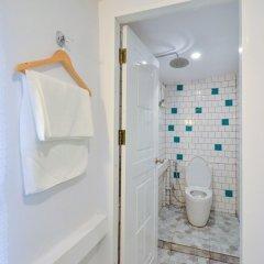 Baan Baan Hostel ванная