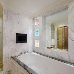 Отель Mandarin Orchard Сингапур ванная