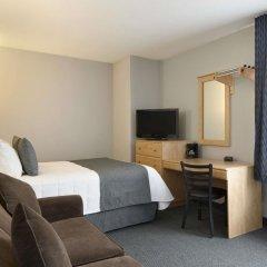 Отель Travelodge Hotel by Wyndham Montreal Centre Канада, Монреаль - отзывы, цены и фото номеров - забронировать отель Travelodge Hotel by Wyndham Montreal Centre онлайн комната для гостей фото 2