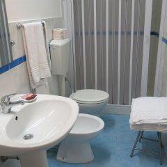 Отель Mare Nostrum Petit Hôtel Поццалло ванная фото 2