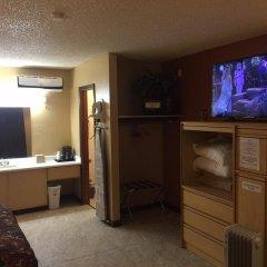 Отель La Siesta Motel & RV Resort спа