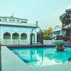 Hotel Diggi Palace бассейн фото 3