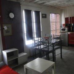 Отель Appartement Notre Dame в номере