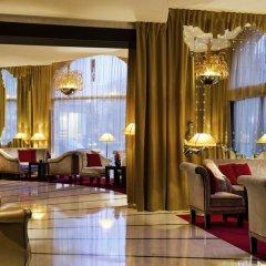 Отель Hôtel Barrière Le Fouquet's Франция, Париж - 1 отзыв об отеле, цены и фото номеров - забронировать отель Hôtel Barrière Le Fouquet's онлайн интерьер отеля фото 3